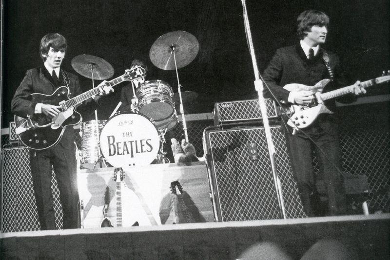 The Unique Guitar Blog The Vox Super Beatle