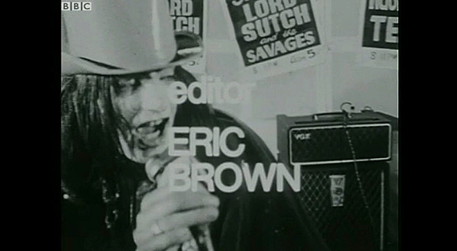 Screaming Lord Sutch and the Savages with an AC80/100