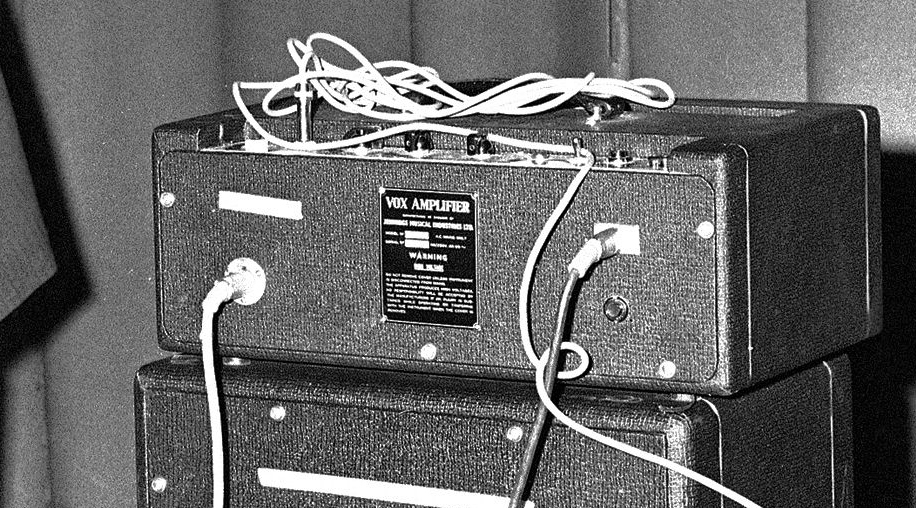 The Beatles' thin-edged Vox AC80/100s in 1964 | Beatles In Fuse Box |  | the Vox AC100 website