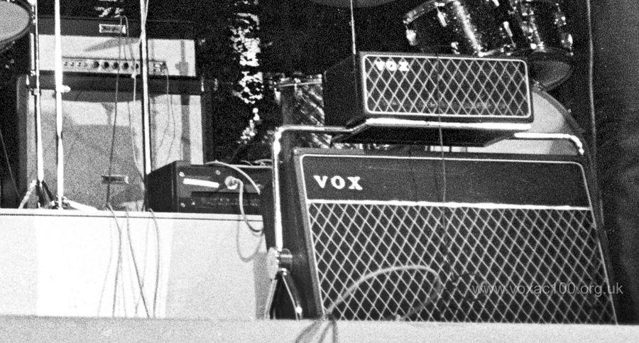 John Lennon's AC80/100, Stockholm, 1964
